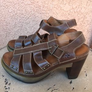 Dr. Martens Brown Leather Sandals Vanessa Size 7
